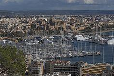 ES_171202 Espanja_0099 Palma de Mallorcan panoraamaa vanhaankaup Valencia, Paris Skyline, City Photo, Spain, Travel, Palmas, Majorca, Viajes, Sevilla Spain