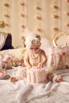 Birthday Cake Girls, Girl First Birthday, First Birthday Parties, First Birthdays, Baby Photos, Girl Photos, Vintage First Birthday, Vintage Girls, Vintage Tea