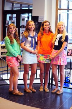 Lilly skirtss preppy look, preppy style, college fashion, col Adrette Outfits, Preppy Outfits, Preppy Fashion, Preppy Mode, Preppy Style, Fall College Outfits, College Fashion, Preppy Southern, Southern Prep