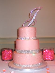 Birthday Cake Pink Glitter Ideas For 2019 Pretty Cakes, Cute Cakes, Beautiful Cakes, Amazing Cakes, Sweet Sixteen Cakes, Sweet 16 Cakes, 40th Birthday Cakes, Birthday Cakes For Women, Glitter Birthday Cake
