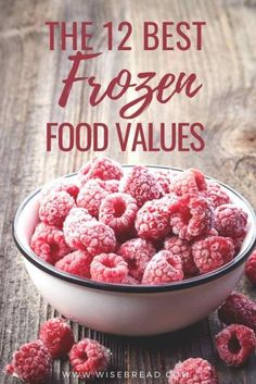 Want to be frugal and save money on your groceries? Many items are simply cheaper frozen, and many others offer real value because of their ease and longevity. Check out these 12 foods that you should buy frozen. Healthy Recipes On A Budget, Healthy Options, Frugal Meals, Budget Meals, Frozen Pizza, Frozen Fruit, Frugal Living Tips, Frugal Tips, Easy Homemade Snacks