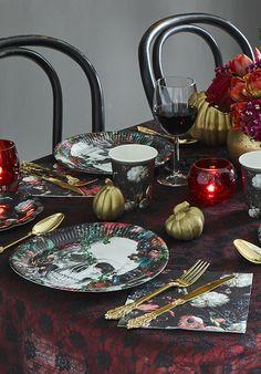Shop our new Baroque Skeleton range for all your Halloween tableware & Baroque Skeleton Plates | Halloween dinner parties Halloween ...