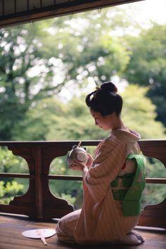 """gaaplite: """" 2017 舞妓 先斗町 あや葉さん 旧三井家下鴨別邸にて 2017 maiko, Pontocho, Ayaha at Old Mitsui Family Shimogamo Villa """""""