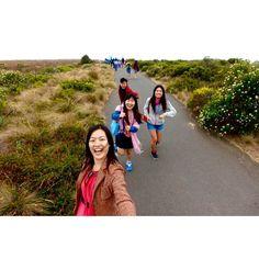 2 January 2016. D182.  趕車記 #hkig #igers #australia #melbourne #12apostles #girls #bff #trip #travel #carefree by lam_cas http://ift.tt/1ijk11S