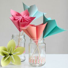 Variety of paper flowers to create a bouquet! Pretty paper, washi tape, tissue paper, glue and wooden skewers