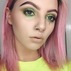 Gorgeous green glitter tears using #Venus2 & 'Citreuse' liner!  via babe @heatherlinesmua