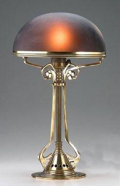 Lampe de Peter Behrens