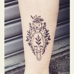 Otter for Emily  I still have some time in New York before my Europe trip! To book an appoitment email me at lillyanchor@gmail.com  #tattoo #traditionaltattoo #oldschooltattoo #dotwork #dotworktattoo #botanical #botanicaltattoo #linework #dotwork #blacktattoo #nyctattoo #newyorktattoo #brooklyntattoo #uktattoo #londontattoo #vegantattoo #veganink #btattooing #blacktattooart #darkartists #blackworkerssubmission #tttism #otter #ottertattoo #wildflowers #flowertattoo #animaltattoo by…