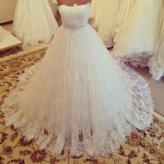 luxury lace wedding dresses