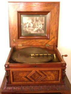 Hey, I found this really awesome Etsy listing at https://www.etsy.com/listing/195702165/polyphon-antique-music-box-beautiful