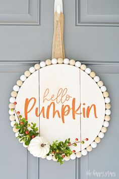 Crafts To Do, Fall Crafts, Holiday Crafts, Diy Crafts For Home Decor, Svg Tutorial, Fall Pumpkins, Dyi, Wooden Door Signs, Adornos Halloween
