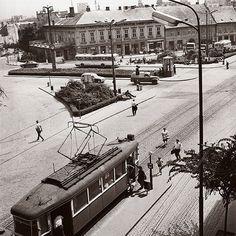 Pohľad od prezidentského paláca Bratislava, Old Photos, Louvre, Street View, Building, Photography, Travel, Times, Inspiration