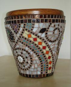 Muni's Mosaics | Pots