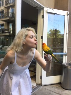 Places  w birds, stylish blonds #JmakLA #Jmakjeans