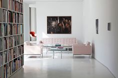Project: Bfs-d in Berlin, Germany | Product: Florence Knoll Sofa and Lounge Chair | PC: Giorgio Possenti | Knoll Inspiration