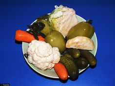 A Beginner's Guide to Romanian Traditional Food Pickles, Traditional, Drinks, Food, Drinking, Beverages, Meal, Essen, Pickle