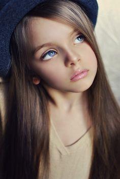 """Képtalálat a következőre: """"beautiful eyes kids"""" Beautiful Little Girls, Cute Little Girls, Beautiful Children, Beautiful Babies, Beautiful Models, Beautiful Eyes, Beautiful People, Young Models, Child Models"""