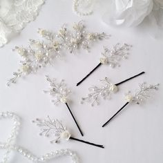 White bridal hair flower Ivory bridal headpiece Wedding hair Flower Wedding Hairpiece Wedding Hair Piece With Crystals Bridal Hair Jewelry, Wedding Hair Pins, Headpiece Wedding, Bridal Headpieces, Flower Hair Accessories, Wedding Hair Accessories, Wedding Hair Flowers, Flowers In Hair, Bridal Jewelry Sets, Bridal Earrings
