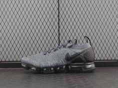 3dab2561a2bb0 Nike Air Vapormax Flyknit 2.0 Dark Grey 942842-002
