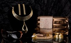 Avail great offers on women's accessories with your HDFC Bank card