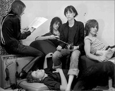 Radio Days, New York City, 1976  Photo Copyright Frank Stefanko/  Courtesy Govinda Gallery Patti Smith Robert Mapplethorpe, Bowie, Patti Smith Group, Just Kids, Old Western Movies, Self Pictures, Join Instagram, Idole, Musica