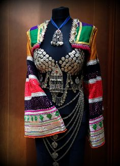 Vintage Gypsy Top with Ethnic Embroidery Tribal door DancingTribe