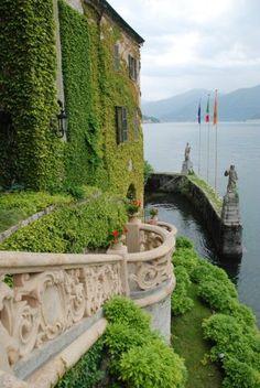 allthingseurope:  Villa del Balbianello, Italy (by Paul in Japan)