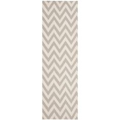 @Overstock.com - Chevron inspired design and dense hand-woven wool pile highlight this handmade dhurrie rug.http://www.overstock.com/Home-Garden/Chevron-Dhurrie-Grey-Ivory-Wool-Rug-26-x-8/7658662/product.html?CID=214117 $74.69