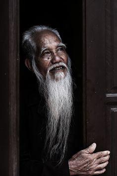 Old Wise Man - Ninh Binh, Vietnam