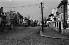 Strada Doctor Lister in anul 1939 cartier Cotroceni Capital Of Romania, Little Paris, Timeline Photos, World War Two, Time Travel, Cartier, City, Traveling, Memories