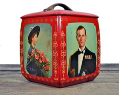 1953 Royal Family Biscuit tin by Edward Sharp & Sons Ltd.