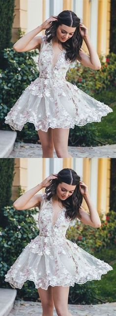 A-Line V-Neck Sleeveless Short White Tulle Homecoming Dress with Appliques,403