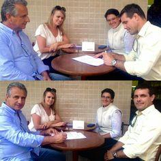 Dia de assinatura do contrato que faz da VEKA o PATROCINADOR LOCAL DA CASA COR SC 2016 - edição Florianópolis. Vem novidade por ai!!!! #VEKAnaCasaCorSC #VEKABrasil