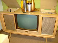 Olympia TV Console in Blonde