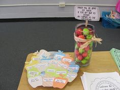 "SO CUTE!!! Parent, teacher night the parents can ""grab an apple (or two) if you can donate items to the classroom."""