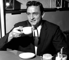 If you could have a cup of coffee with Johnny Cash, what would you discuss? — with Johnny Cash. Johnny Cash June Carter, Johnny And June, People Drinking Coffee, Drinking Tea, Easy Listening, Musica Country, Coffee Drinkers, Coffee Cafe, Drink Coffee