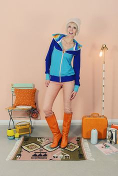 """Weiteres - KAPUZENJACKE """"RAINBOW MIRI"""" - ein Designerstück von Bonnie-and-Buttermilk bei DaWanda hoodie vest blue rainbow print stripes"""