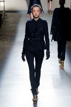 Prabal Gurung NYFW FW2013014.  Don't you just love navy and military looks? I sure do!