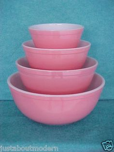 PYREX GLASS PINK 4 MIXING BOWL SET ( my granddaughters will each have a set I hope )