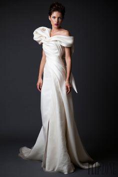 Krikor Jabotian Autunno-Inverno 2014-2015 - Alta moda - http://it.flip-zone.com/fashion/couture-1/independant-designers/krikor-jabotian-5118