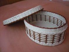 Wicker Baskets, Woven Baskets, Storage Boxes, Laundry Basket, Basket Weaving, Diy, Wicker, Paper Envelopes, Objects