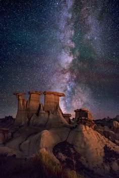 The Sentinals (New Mexico Badlands) by Wayne Pinkston on 500px