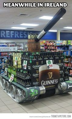 The Guinness tank 13 Brilliantly Clever Point Of Sale Displays Guinness, Point Of Purchase, Point Of Sale, Pos Display, Display Design, Pallet Display, Booth Design, Banner Design, Meanwhile In