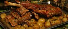 Receita de Cabrito assado com batata pelada. Descubra como cozinhar Cabrito assado com batata pelada de maneira prática e deliciosa com a Teleculinaria!