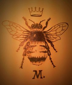 the-Queen-Honey-Bee-Tattoo-bees-tattoo-and-body-art-day-one-hundred-three-four-wordpress-third-day-Queen-Honey-Bee-Tattoo. Honey Bee Tattoo, Bumble Bee Tattoo, Body Art Tattoos, Small Tattoos, Mini Tattoos, Queen Bee Tattoo, Insect Tattoo, Vintage Bee, Bee Art