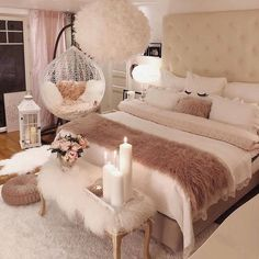 40 Cozy Home Decorating Ideas for Girls' Bedrooms. 40 Cozy Home Decorating Ideas for Girls' Bedrooms Bedroom Decor For Teen Girls, Room Ideas Bedroom, Home Bedroom, Modern Bedroom, Cozy Bedroom Decor, Bed Room, Ideas For Small Bedrooms, Warm Bedroom, Bedroom Ideas For Small Rooms Women