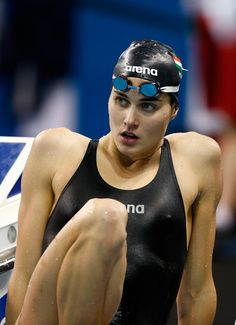 Zsuzsanna Jakabos of Hungary looks on during training at the Hamad Aquatic Centre ahead of the FINA World Swimming Championships on December 2014 in Doha, Qatar. Magazine Sport, Swimming Sport, Beautiful Athletes, Girls Golf, Swim Caps, Love Fitness, Muscular Women, Sporty Girls, Beach Volleyball