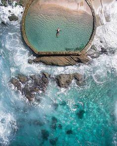Бассейн в океане, Калифорния, США
