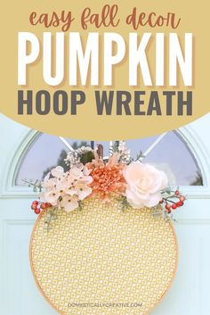Embroidery hoop crafts are so fun and easy. Take one and turn it into a pumpkin hoop wreath for easy fall diy decor. Your front door will look so cute for Fall Diy Fall Wreath, Fall Diy, Wreath Ideas, Fall Wreaths, Diy Garland, Garlands, Diy Halloween Food, Wall Hanging Crafts, Diy Craft Projects