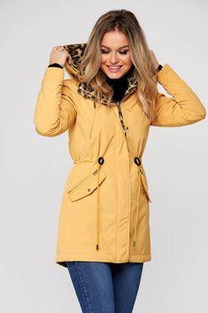 Geaca SunShine galbena animal print casual din fas cu doua fete si snur in talie - Smart Shopping Online Cape, Raincoat, Casual, Jackets, Shopping, Fashion, Mantle, Rain Jacket, Down Jackets